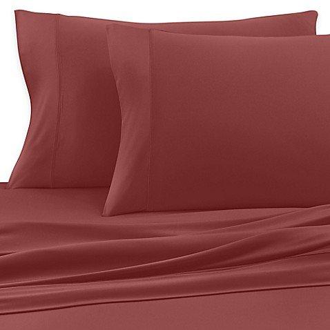 (Satin Luxury Full Sheet Set in Scarlet)