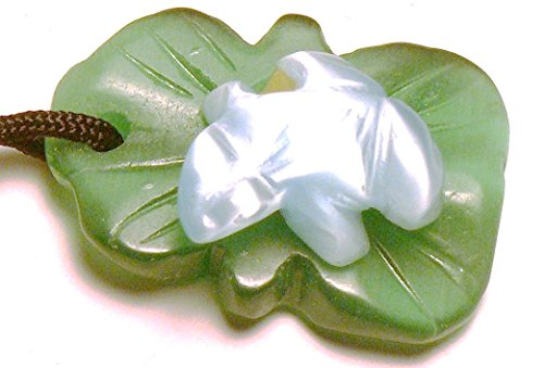 Fiber Optic Carved Frog on a Lily Pad Pendant With Cord (Baby (Fiber Optic Lily)