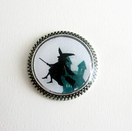 Witch with Green House Resin Needle Minder, Hand Needle Notion