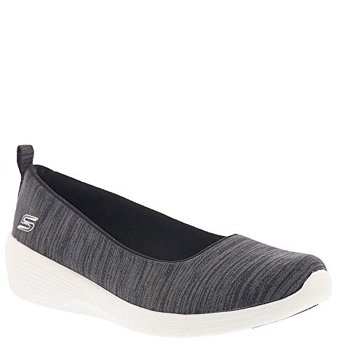 Skechers Arya Different Edge Womens Slip On Skimmer Sneakers Black/White 7.5