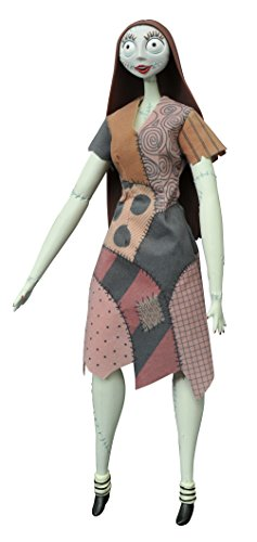 (Diamond Select Toys The Nightmare Before Christmas: Sally Unlimited Deluxe Coffin)