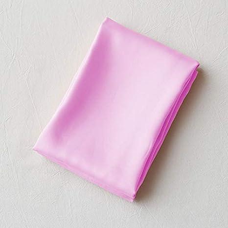 Satin 70 x 70 cm GUOYIHUA Taie doreiller en Satin Soyeux pour Cheveux Frais et Facile /à Laver 01