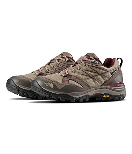 - The North Face Women's Hedgehog Fastpack GTX¿ Dune Beige/Deep Garnet Red 10 B US
