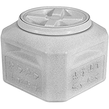 Vittles Vault Outback 15 lb Airtight Pet Food Storage Container (Packaging May Vary)