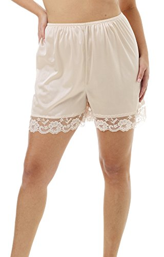 Underworks Pettipants Nylon Culotte Slip Bloomers Split Skirt 4-inch Inseam Medium-Beige
