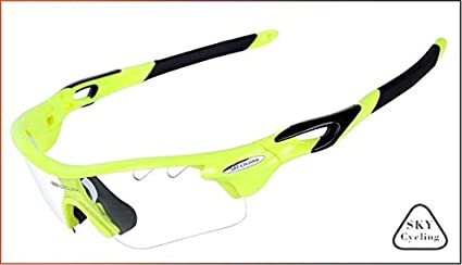 7f701c2225 Image Unavailable. Image not available for. Colour  5   Sky Cycling Glasses  Photochromic Polarized Sunglasses mtb Road Riding Unisex Bike Eyewear  Bicycle