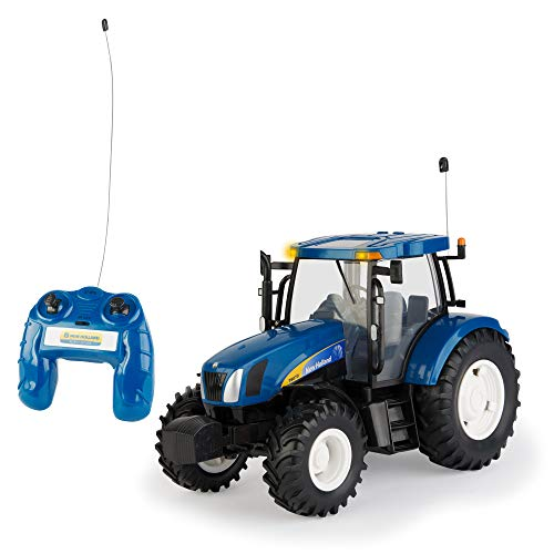 (Britains Big Farm 42601 1:16 Scale New Holland T6070 Radio Controlled Tractor )