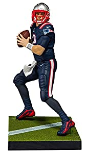 McFarlane Toys EA Sports Madden NFL 18 Ultimate Team Tom Brady New England Patriots Action Figure Minutemen Retro Uniform Exclusive