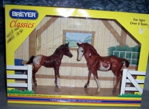 Breyer Classics Chestnut Paint & Bay Appaloosa Foal Gift Set 673