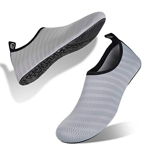 IceUnicorn Water Shoes Quick Dry Swim Aqua Barefoot Socks for Women Men(Grey Size 10)