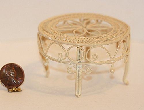 Miniature Dollhouse Victorian White Wire - Dollhouse Miniature Victorian White Wire Table in Cream