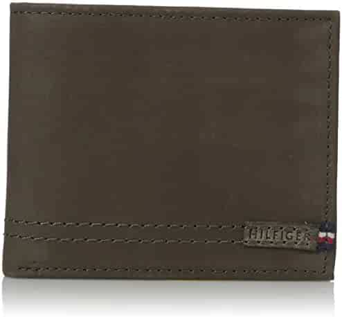 Tommy Hilfiger Men's 100% Leather Passcase Wallet