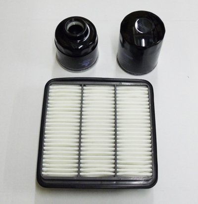 L200 B40 2.5DID Pick Up Engine Filter Kit (03/2006 Onwards) includes (OIL + AIR + FUEL FILTERS):