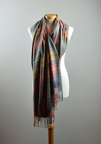 Classic Lambswool Blanket Scarf in Buchanan Antique Tartan