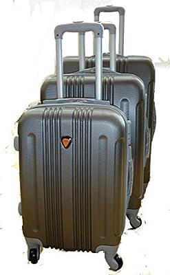 Con 4 ruedas. Medidas maleta grande: 75x50x30cms.. Medidas maleta mediana: 65x43x26cms.. Medidas maleta pequeña: 55x37x23cms.. Fabricadas en ABS.