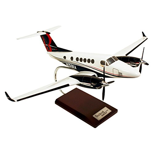 Beechcraft King Air - Mastercraft Collection Beechcraft King Air 350 Model Scale:1/32