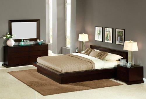950 Series Solutions Lifestyle - London 4-Piece 950 Series Bedroom Set