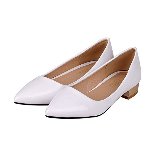 AmoonyFashion Womens Pull On Low Heels Patent Leather Solid Pointed Closed Toe Pumps-Shoes White 3LHQCoS