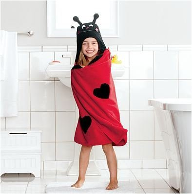 Lovebug Childrens Hooded Bath Towel in Red by Jumping Beans