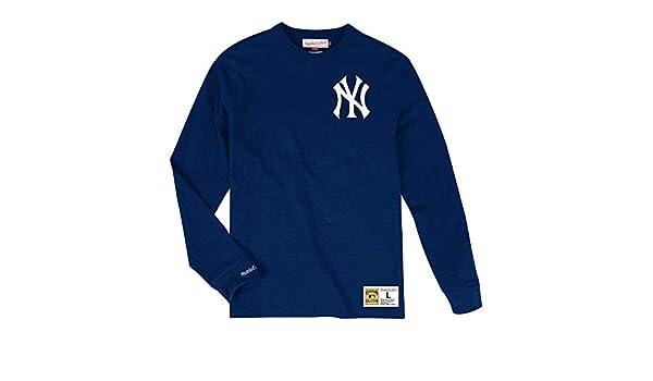 738077d1 Amazon.com : Mitchell & Ness New York Yankees MLB Men's Win Streak Long  Sleeve Shirt : Sports & Outdoors