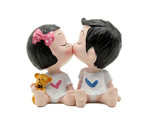 Price comparison product image Creative Cute Kiss Boy and Girl Toys Figurines Cake Topper,  Dashboard Decorations Car Home Office Ornaments Best Birthday Holiday Gift(a pair)
