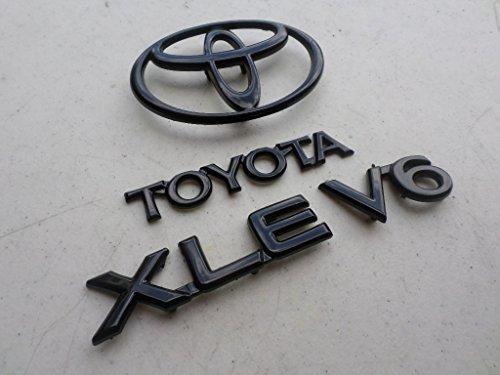 Toyota Camry Emblem - 9