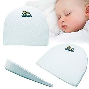 Amazon Com Universal Bassinet Wedge And Baby Sleep