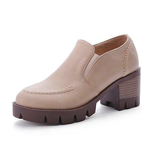 AllhqFashion Damen Ziehen auf Rund Zehe Niedriger Absatz PU Leder Rein Pumps Schuhe Cremefarben