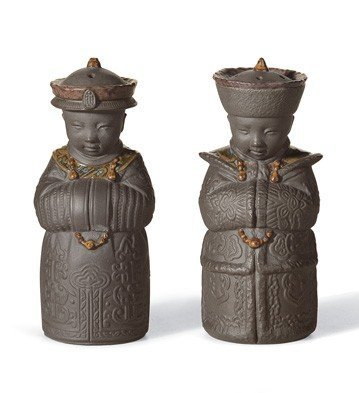 Lladro Porcelain Figurine Salt and Pepper Shakers Black ()