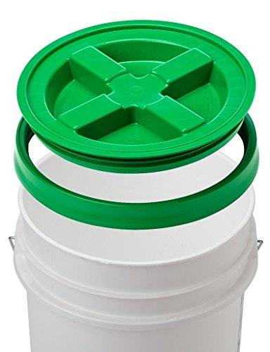 (5 Gallon White Bucket & Gamma Seal Lid - Food Grade Plastic Pail & Gamma2 Screw Seal Tight Lid (Green))