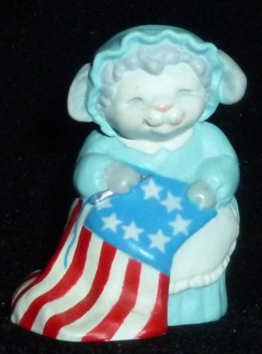 (Hallmark Merry Miniature Patriotic Betsy Ross Lamb Figurine)