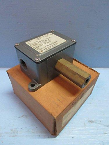 (New United Electric J6-258 Pressure Switch Range 0-50 PSI Type J6 Model 258)