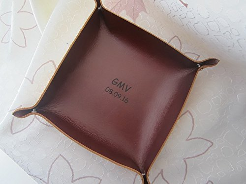Leather Catch All,Personalized Leather Tray,Engraved Leather Valet Tray,Leather Dish,Catchall,Travel Valet Tray,Desk Tray,Leather Baskets