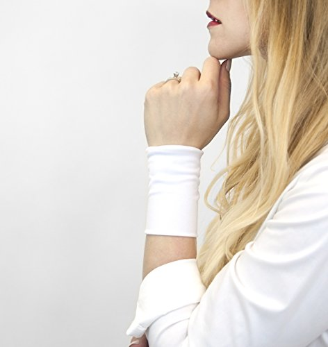 (Stretch Fabric Wrist Cuff Bracelet (White))