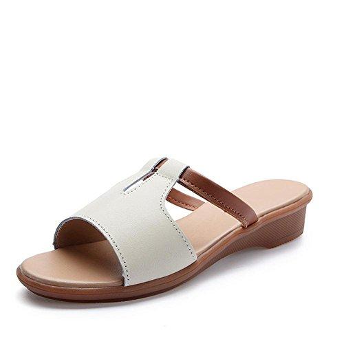Los deslizadores frescos del verano señoras de gran tamaño forman los zapatos de la playa 2