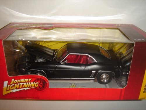 Johnny Lightning 1:24 R50 1969 Chevy Camaro Z28 ()