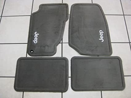 Image Unavailable. Image not available for. Color: JEEP GRAND CHEROKEE CARPET FLOOR MATS 99-04 ...