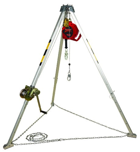 3M Protecta AA805AG2 Confined Space Kit, Comes with AK105A Tripod, AK205AG Winch, 3590550 SRL, and AK067A Bag, (Confined Space Tripod)