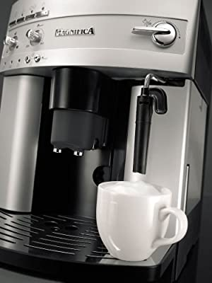 Key features of DeLonghi ESAM3300 Magnifica Super-Automatic Espresso/Coffee Machine