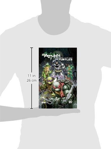 Batman Teenage Mutant Ninja Turtles HC: Amazon.es: James ...