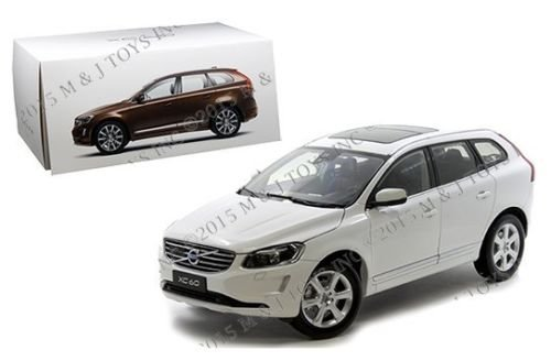 New 1:18 MOTOR CITY CLASSIC COLLECTION - CRYSTAL PEARL WHITE 2015 VOLVO XC60 Diecast Model Car By Motor City Classics