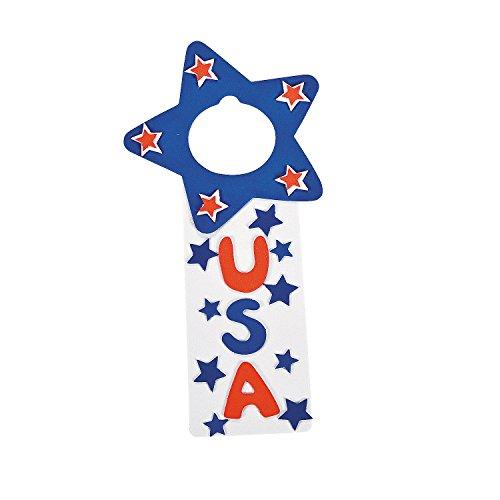 Fun Express - USA Door Hanger Craft Kit for Fourth of July - Craft Kits - Hanging Decor Craft Kits - Door Knob Hanger Craft Kits - Fourth of July - 12 Pieces ()