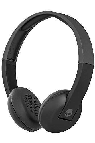 (Skullcandy Uproar Bluetooth Wireless On-Ear Headphones with Built-in Microphone and Remote, 10-Hour Rechargeable Battery, Soft Synthetic Leather Ear Pillows for Comfort, Black)