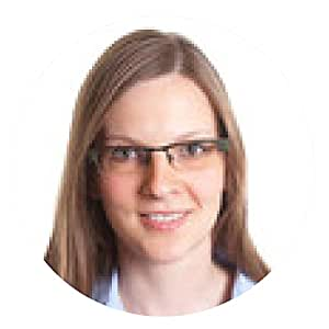 alfombrilla de ratón Retrato de una mujer con gafas y el pelo rubio - ronda - 20cm