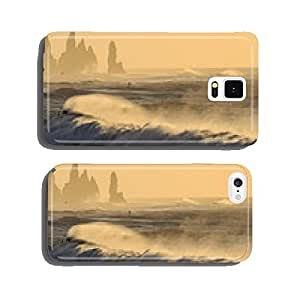 The sea in Iceland: Black Beach in Vik at sunset cell phone cover case Samsung S5