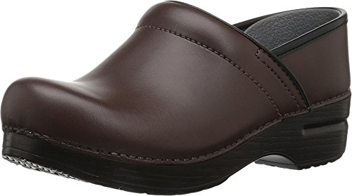 Dansko Women's Professional Leather Chocolate Leather 38 Regular ()