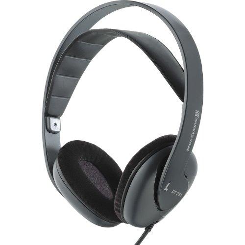 Beyerdynamic DT 231 PRO Lightweight Headphone Applications