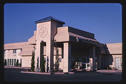 24 X 16 Photo Of Holiday Inn Express  Klamath Falls  Oregon 2003 Margolies  John 72A