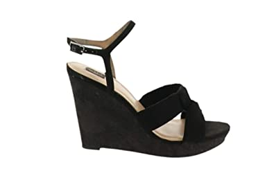 49b08074bb190 Amazon.com   Gili Knotted Front Wedge Ankle Strap Kahlie A302903 ...