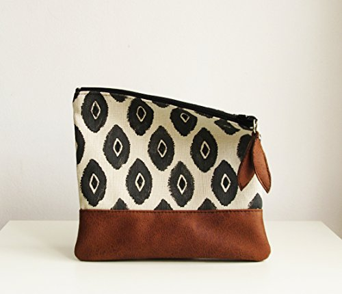 Ikat Clutch bag, Clutch purse, Foldover bag, Carry all clutch, Tribal print, Black and White,Canvas clutch